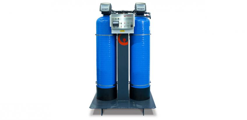 Two-stage deionisers remove dissolved solids and produce water with a low conductivity.